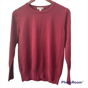 Zenana Outfitters women's crew neck sweater size large(fits smaller) see photos